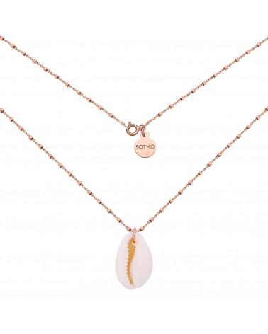 Naszyjnik z różowego złota zdobiony dużą muszelką