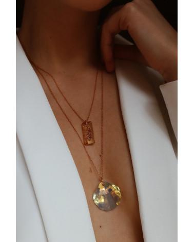 Złoty naszyjnik z dużą muszlą SWAROVSKI® CRYSTAL