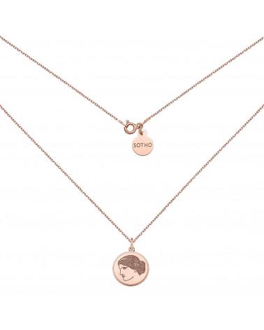 Medalion z różowego złota z boginią Venus