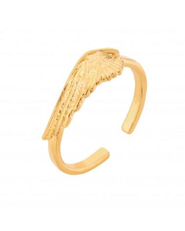 Złoty pierścionek ze skrzydłem