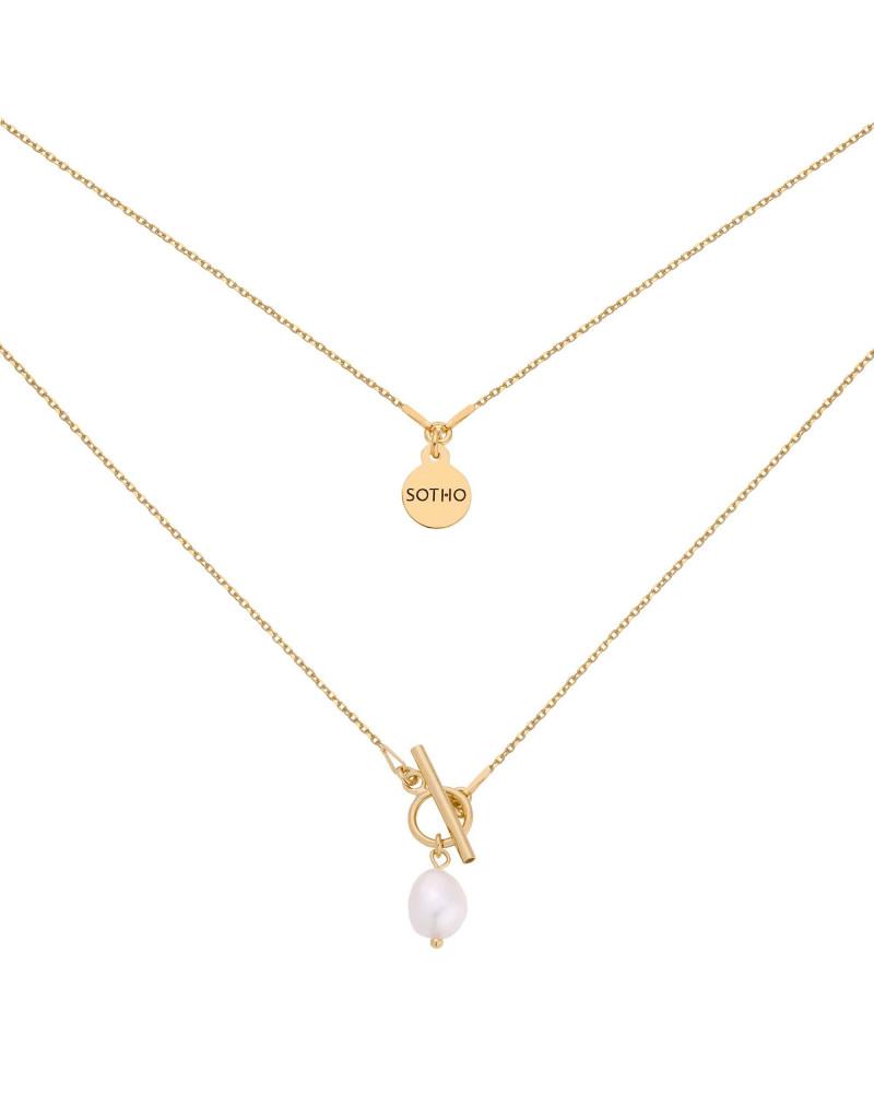 Złoty naszyjnik z ozdobnym zapięciem i naturalną perłą