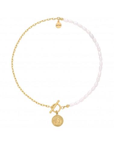 Złoty naszyjnik z naturalnych pereł zdobiony monetą
