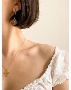 Naszyjnik z chropowatym kółeczkiem z różowego złota