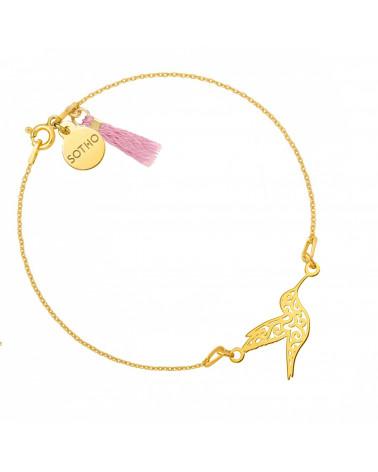 Złota bransoletka z ażurowym kolibrem zdobiona chwostem