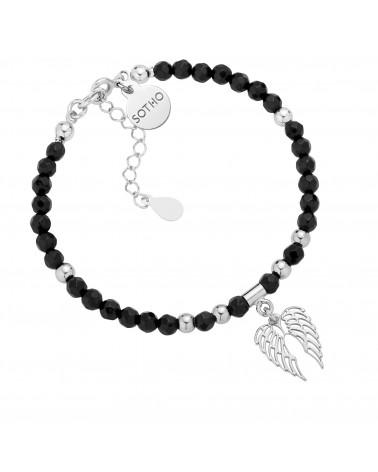 Czarna bransoletka z fasetowanego onyksu ze srebrnymi skrzydełkami