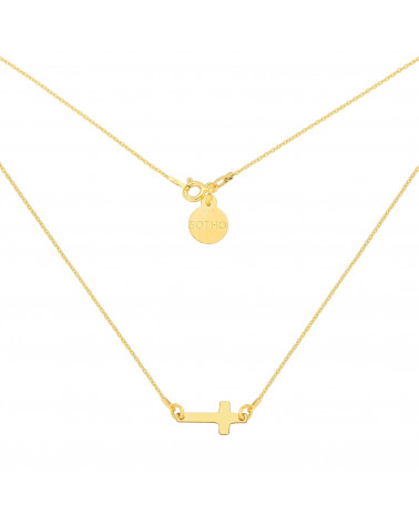 Złoty naszyjnik z malutkim krzyżykiem